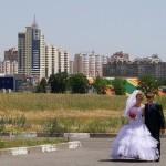 На прогулке - свадьба Сергея и Наталии в Старом Осколе.