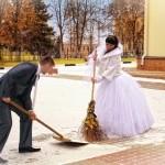 На свадебной прогулке зимой.